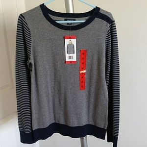 Nautica gray and navy long sleeved shirt (NWT)